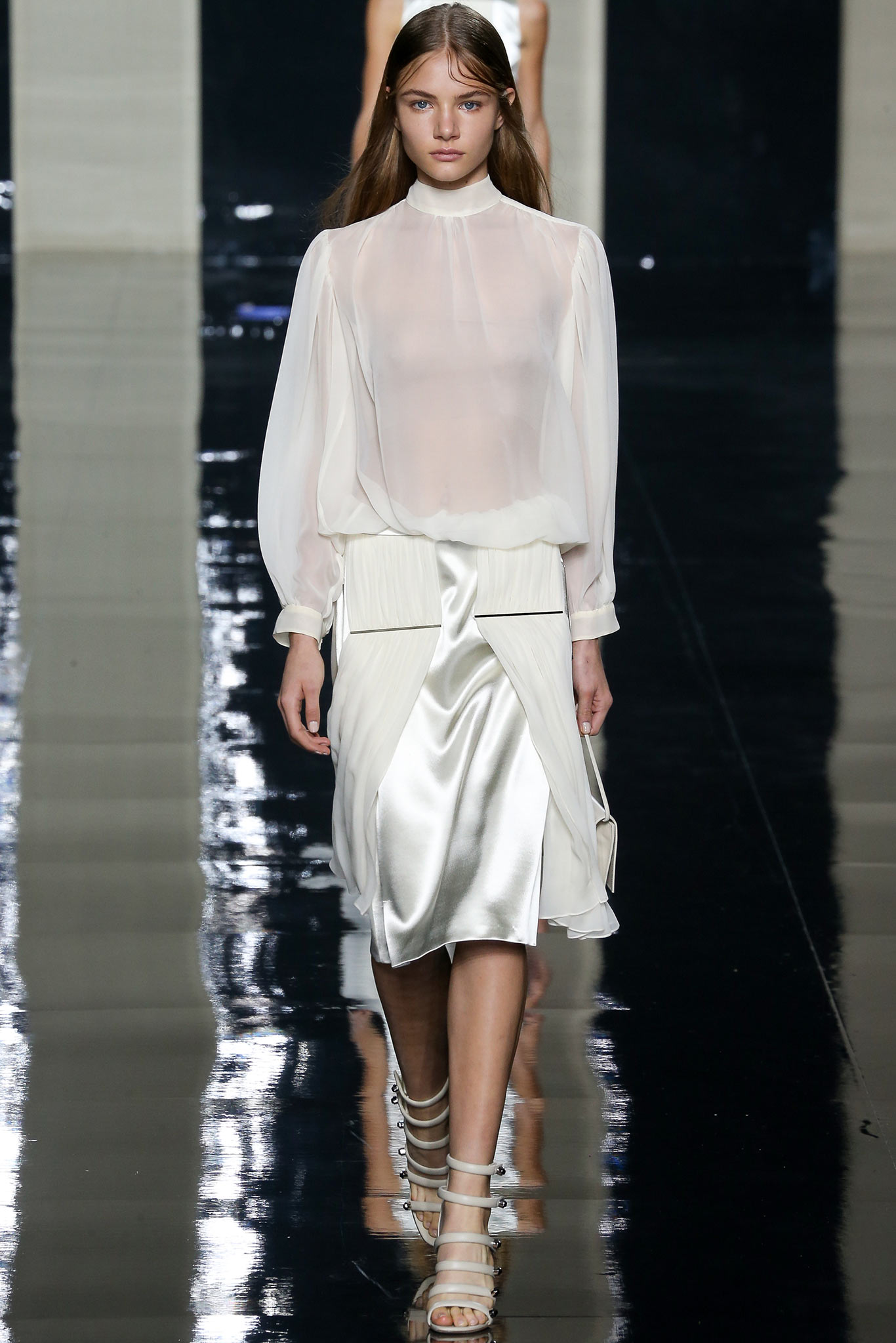 Christopher-Kane-Spring-2015-trends-sheer-white